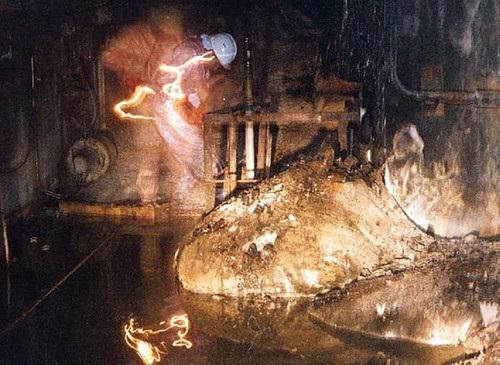 «Слоновья нога» – радиоактивная лава Чернобыля